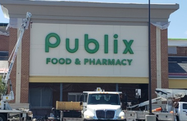 Completed over 50,000 SF demo and new build for Publix